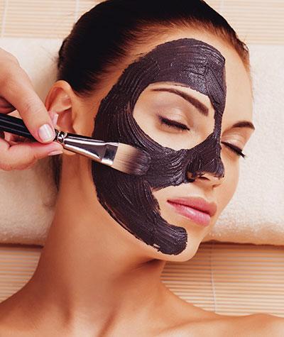 chemical Peels at Skin Vegan med Spa